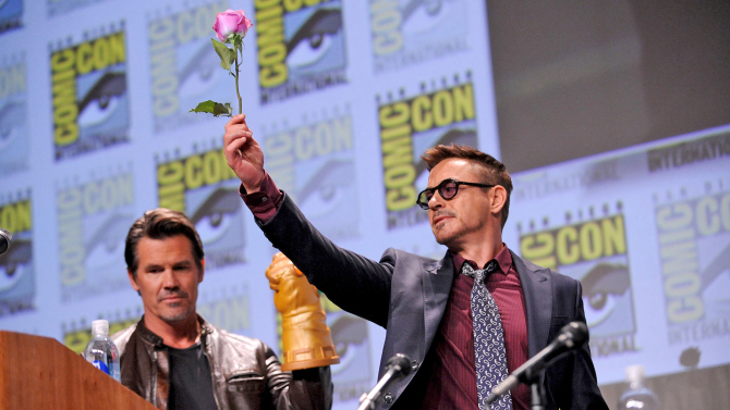 comic-con-marvel-robert-downey-jr-josh-brolin